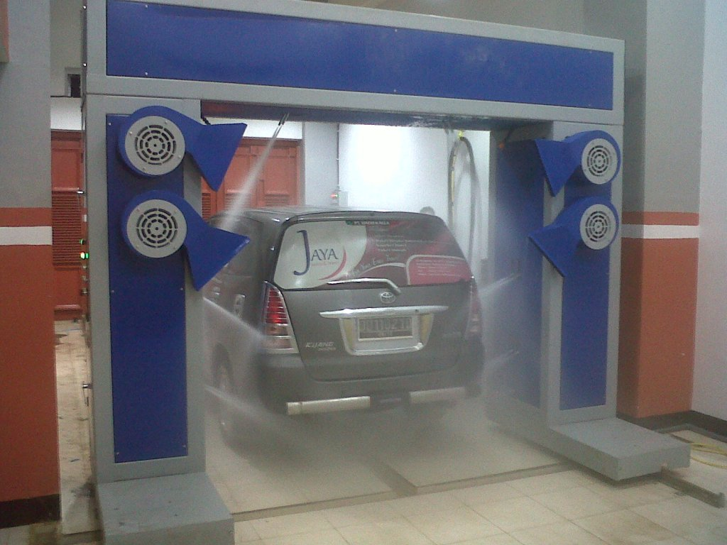 automatic carwash13 AUTOMATIC CARWASH