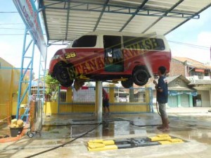 alma jaya car wash 01 300x224 Alma Jaya Car Wash